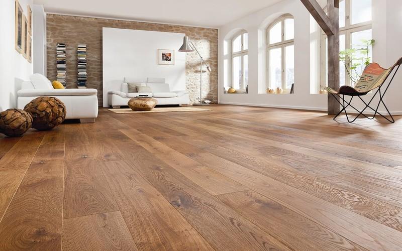 Qu suelo de madera elijo espacio concept for Suelo que simula parquet